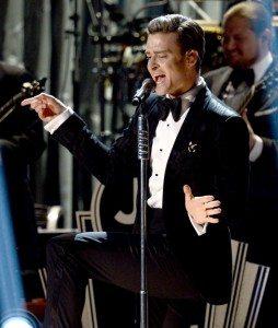 Justin Timberlake performs at the 2013 Grammy Awards (source: Grammys.com)