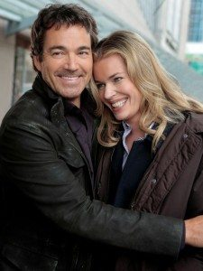 David Tenney and Rebecca Romijn, stars of TNT's King and Maxwell (Source: TNT)