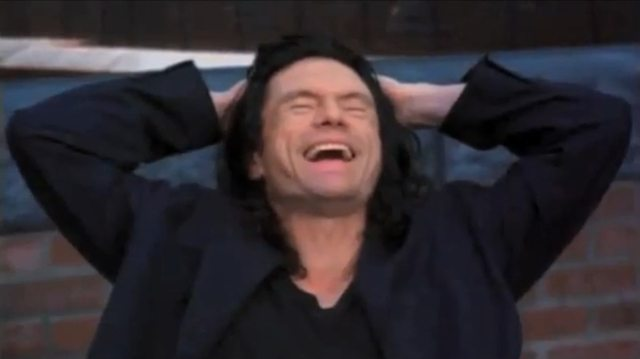 627328-tommy_wiseau_the_room_laughing