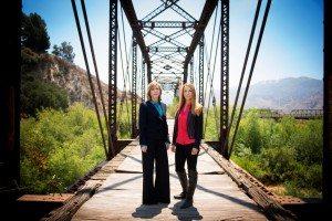 Kelly Siegel (l.) and Yolanda McClary (r.) (Source: TNT)