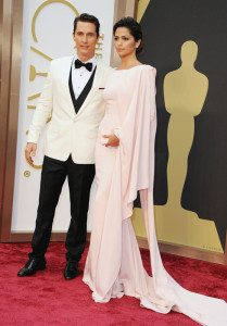 Best Actor winner Matthew McConaughey and Camilla Alves (Source: ABC)