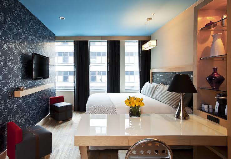 Manhattan Digest, TRYP Hotel