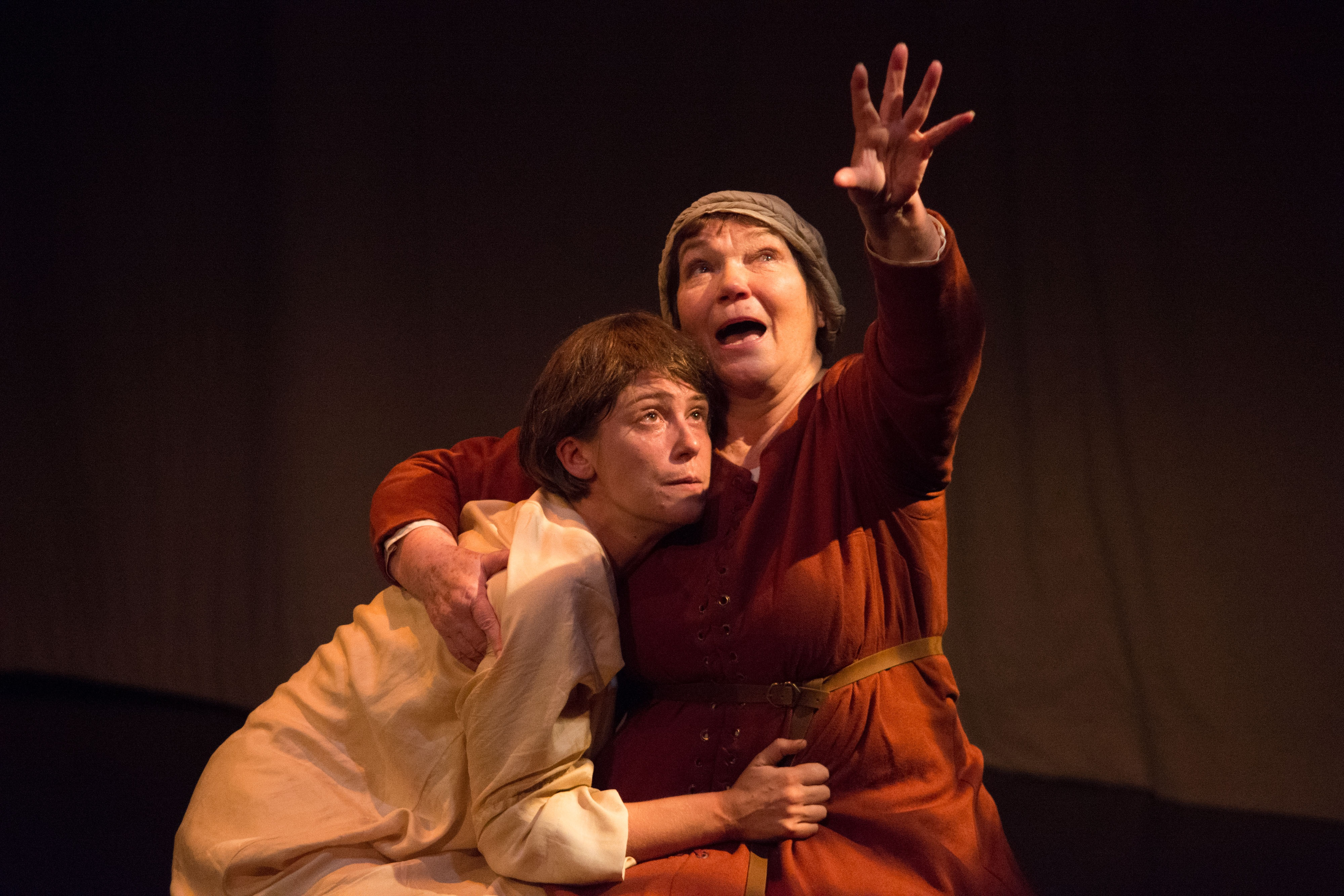 Anne Troup and Tina Packer in MOTHER OF THE MAID. Photo by Enrico Spada.