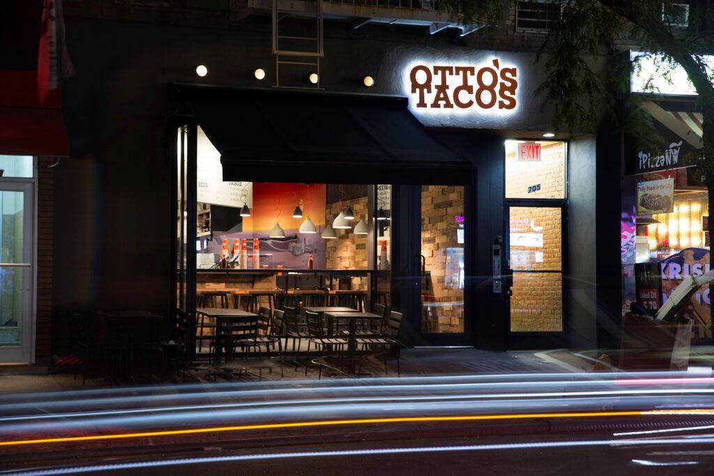 Otto's Tacos, Manhattan Digest