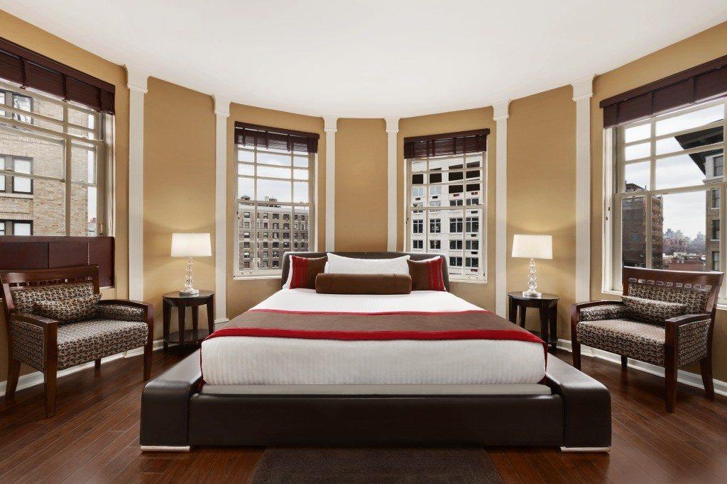 Hotel Belleclaire, Manhattan Digest