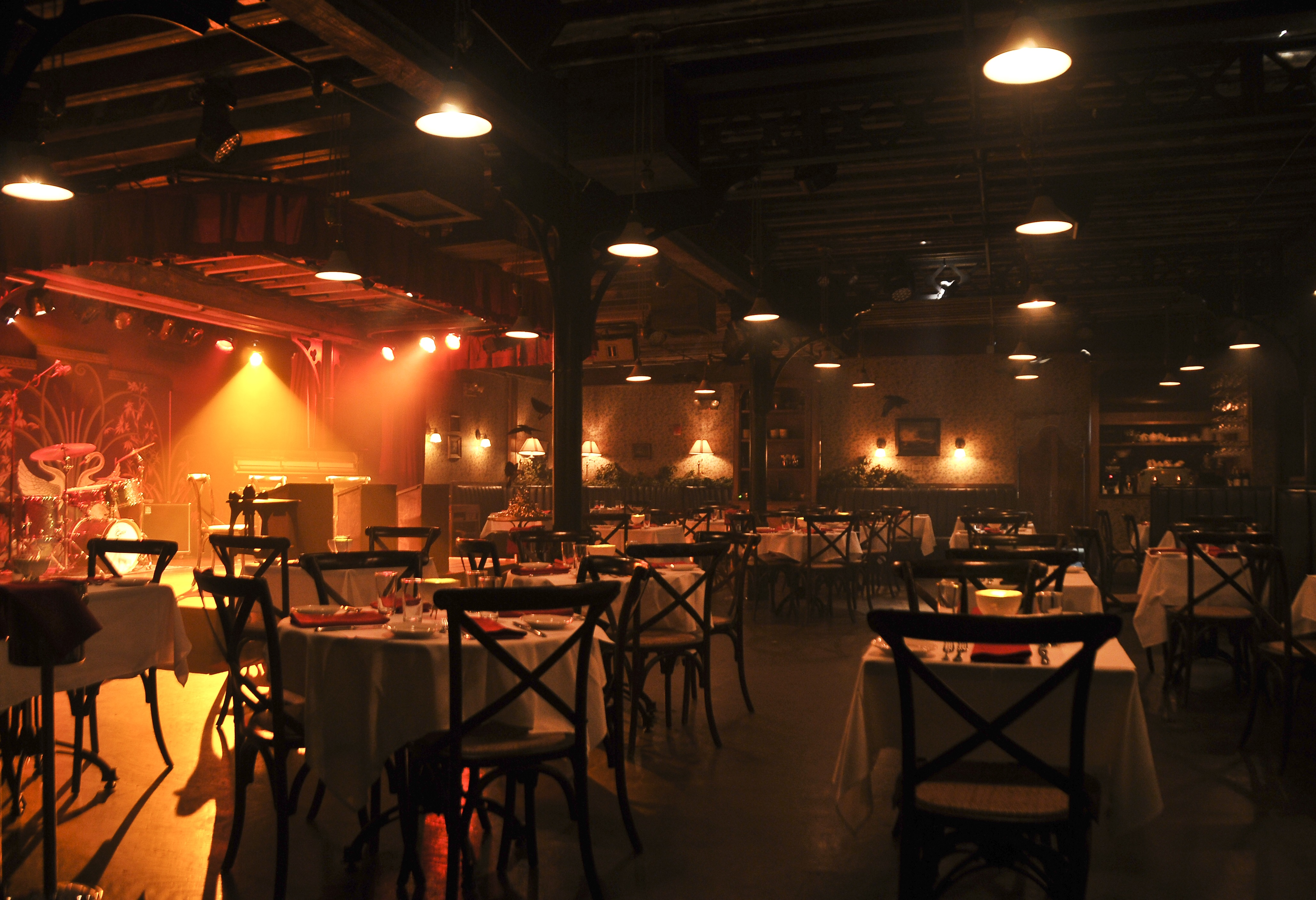 Live performances and fine dining are commonplace at The Heath.