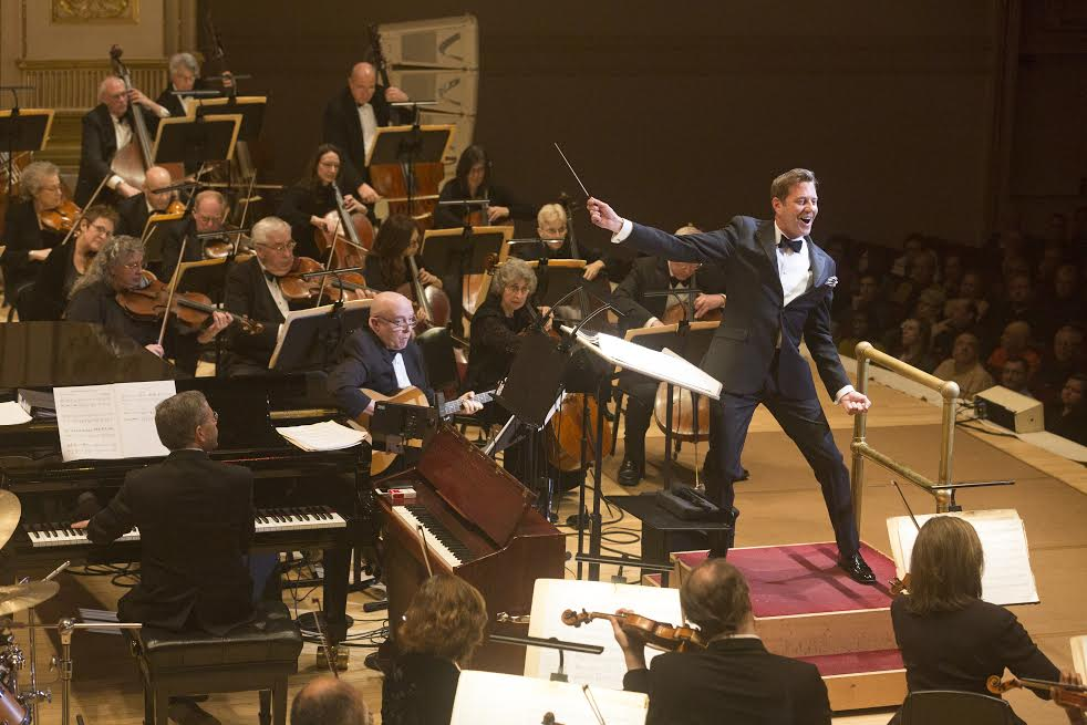 Photo: Conductor Steven Reineke and  The New York Pops  PHOTO CREDIT - Richard Termine