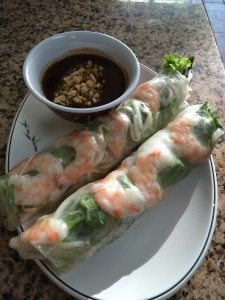 Goi Cuon Tom (Shrimp Vegetable Rolls) / dipping sauce @ Pho 888. Photo courtesy of Ryan Leeds