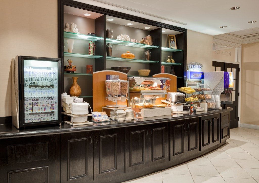Complimentary breakfast bar at Hotel Cass, a Holiday Inn Express. Photo courtesy of Molly Lynch