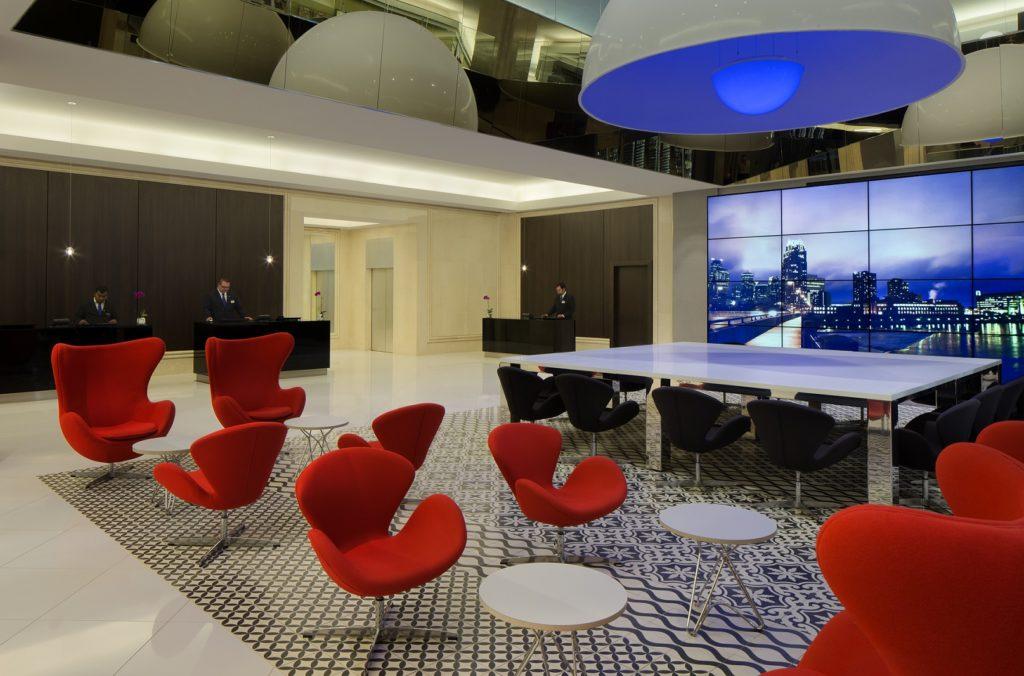 Radisson Blu Downtown. Lobby. Photo courtesy of Meng Yang.