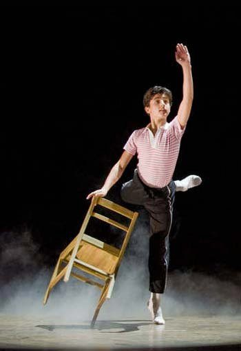 "Bausilio in ""Billy Elliot"". Photo courtesy of SLS Public relations"