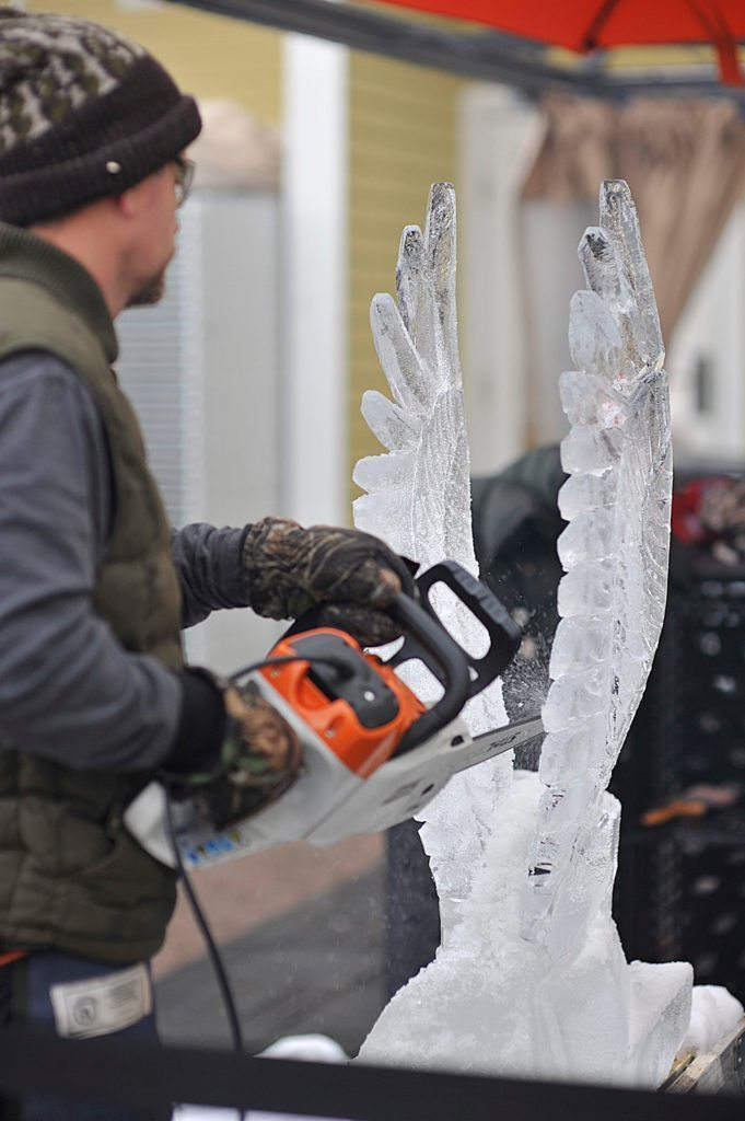 sm-ice-carving-2016-681x1024